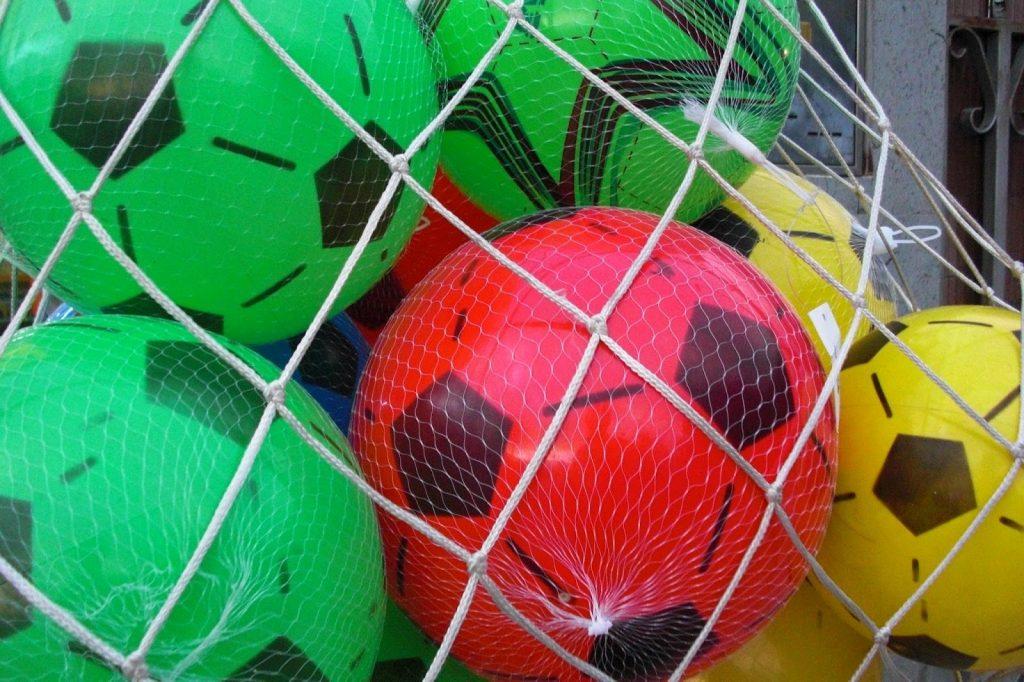 imagen balones de fútbol