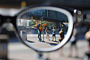 imagen de gafas con imagen nítida