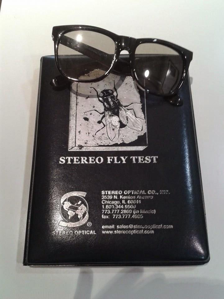imagen libro y gafas